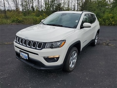 2021 Jeep Compass LATITUDE 4X4 Sport Utility For Sale in West Bend, WI