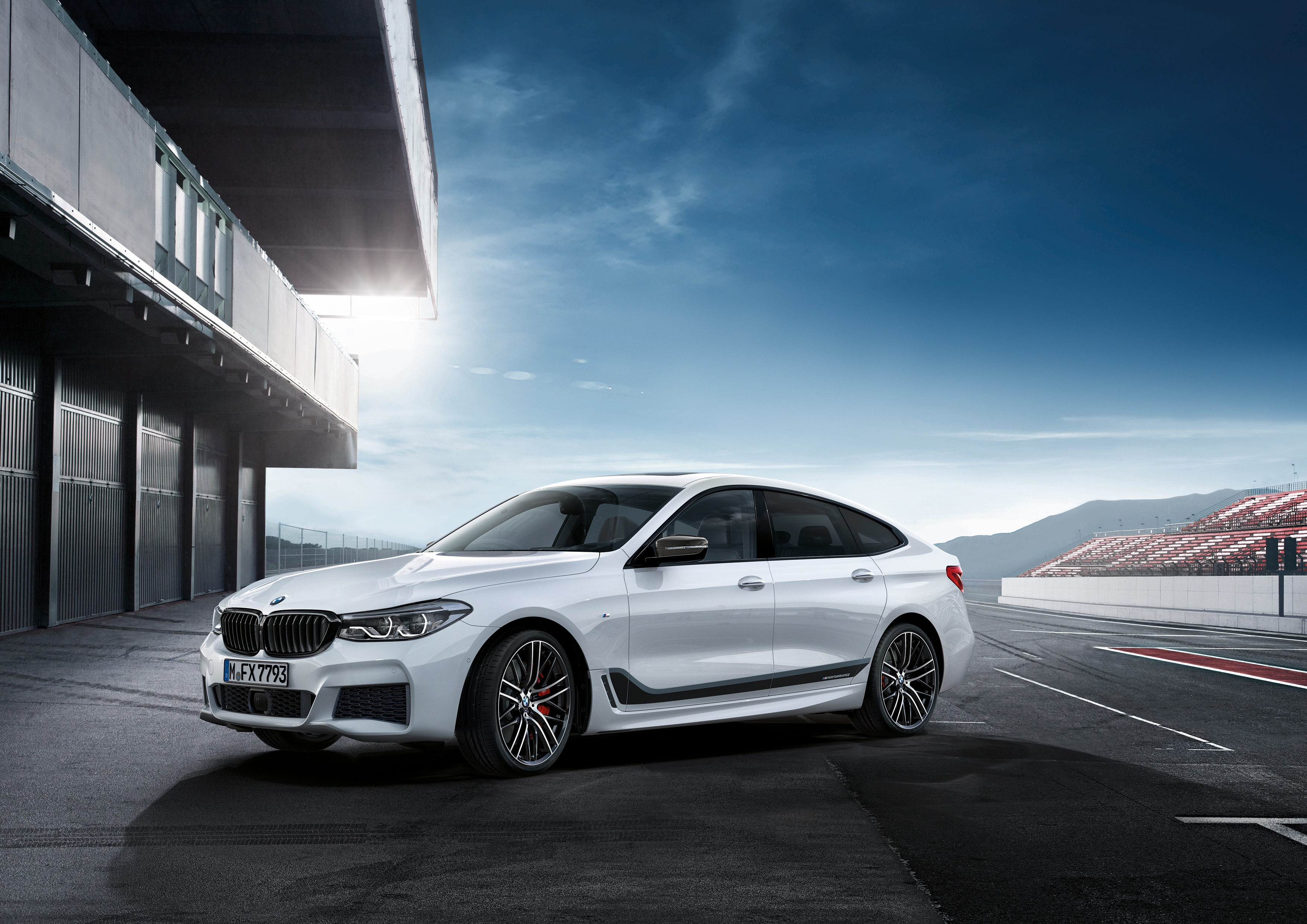 fr luxury dealers sale with bmw listings auto in suv well experience md years dubai new steer for full xdrive warranty
