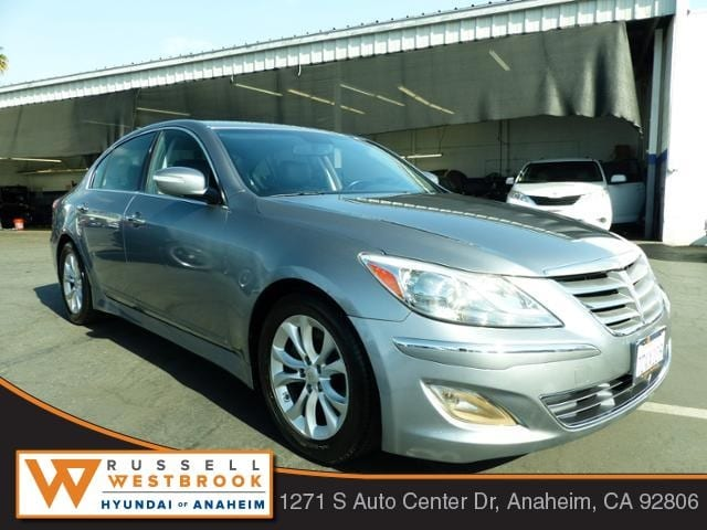 Lovely 2013 Hyundai Genesis 3.8 Sedan