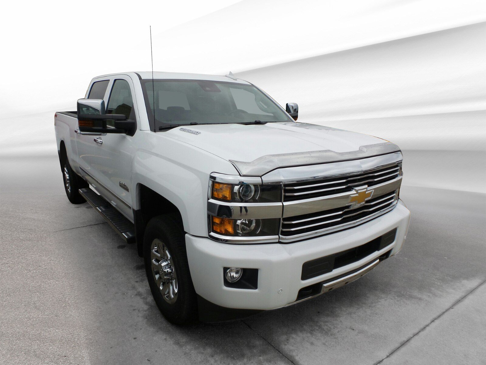2016 Chevrolet Silverado 3500HD High Country 4WD Crew Cab 153.7 High Country