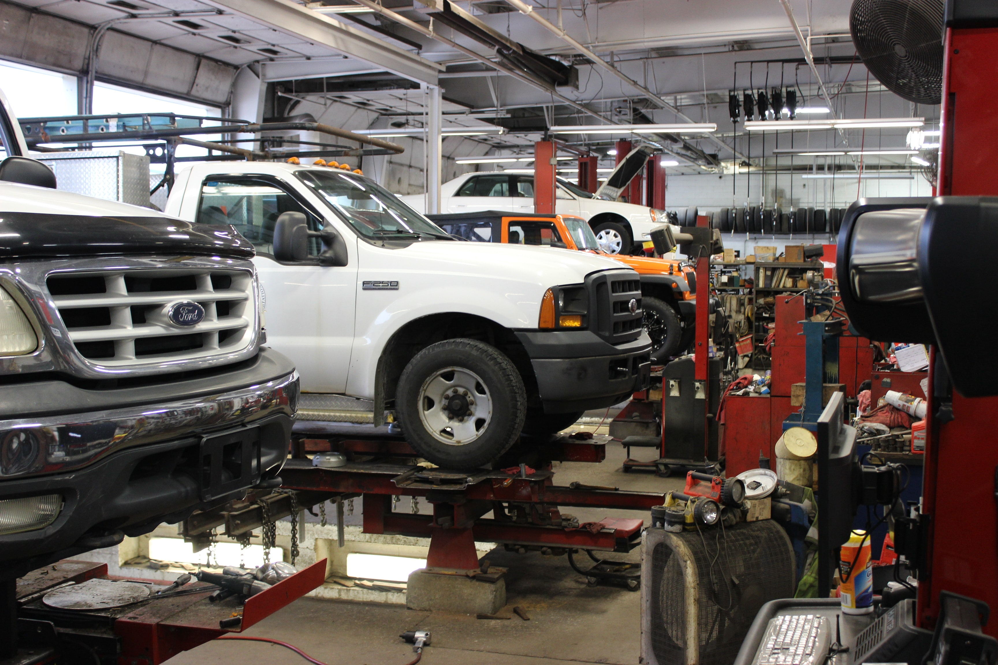 Semi Truck Tires Near Me >> Schedule Ford Service in Jasper, IN | Ford Truck Repairs near Me