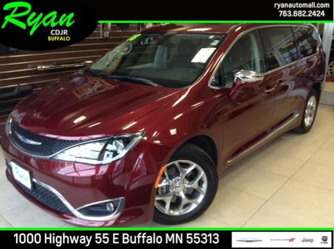 2018 Chrysler Pacifica Limited Van Buffalo MN