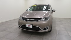 2018 Chrysler Pacifica LIMITED Passenger Van 2C4RC1GG0JR330901