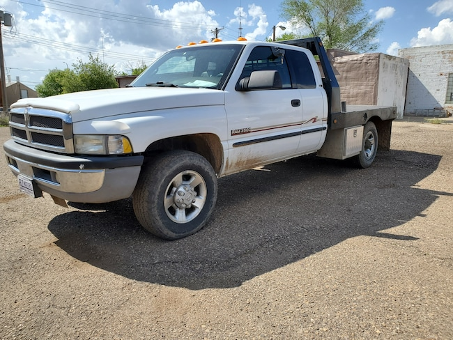 Used  2000 Dodge Ram 3500 Truck Quad Cab in Hettinger, ND