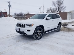 New 2019 Jeep Grand Cherokee LIMITED 4X4 Sport Utility 1C4RJFBG3KC646488 in Hettinger, ND