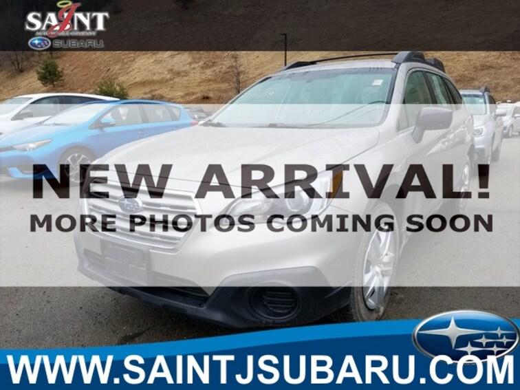 Used 2016 Subaru Outback 2.5i SUV near Burlington Vermont