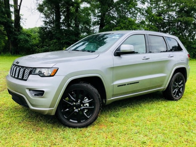 DYNAMIC_PREF_LABEL_AUTO_NEW_DETAILS_INVENTORY_DETAIL1_ALTATTRIBUTEBEFORE 2018 Jeep Grand Cherokee ALTITUDE 4X2 Sport Utility DYNAMIC_PREF_LABEL_AUTO_NEW_DETAILS_INVENTORY_DETAIL1_ALTATTRIBUTEAFTER
