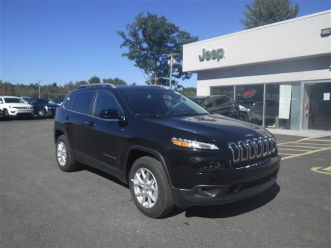 2018 Jeep Cherokee LATITUDE PLUS 4X4 Sport Utility