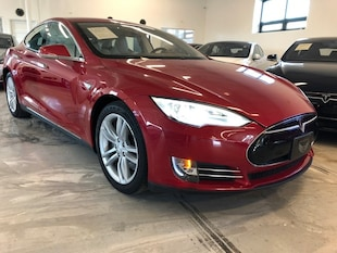 2013 Tesla Model S 60 Sedan