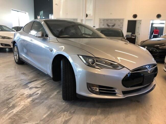 2015 Tesla Model S 85D Sedan