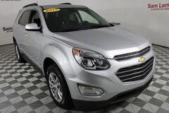 Used 2017 Chevrolet Equinox LT SUV in Bloomington, IL
