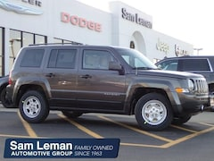 New 2017 Jeep Patriot SPORT FWD Sport Utility in Bloomington, IL
