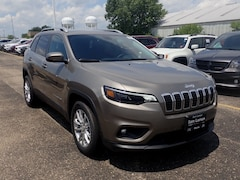 New 2019 Jeep Cherokee LATITUDE FWD Sport Utility 1C4PJLCX9KD220450 for sale in Peoria, IL at Sam Leman Chrysler Dodge Jeep Ram of Peoria