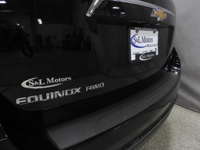 ... 2017 Chevrolet Equinox LT SUV ...