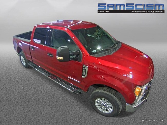 2017 Ford F-250 XLT Truck