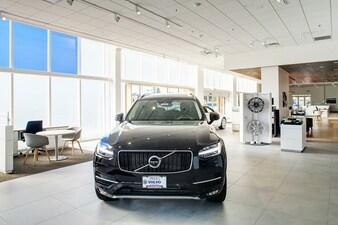 New Volvo & Used Car Dealer in Lynnwood, WA - Sandberg Volvo