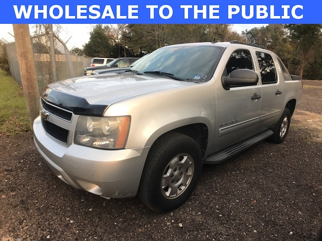 2010 Chevrolet Avalanche 1500 LS Truck