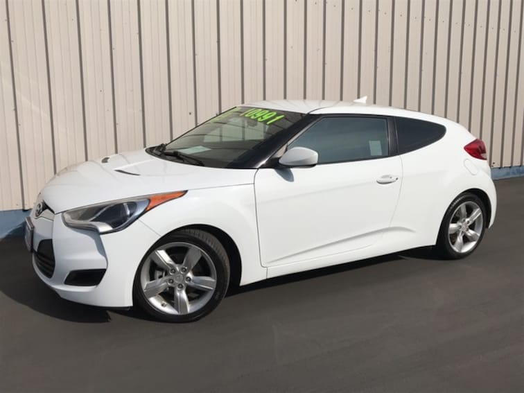 used 2014 Hyundai Veloster Base w/Black Hatchback Bakersfield CA