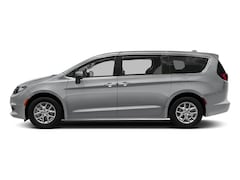 New 2018 Chrysler Pacifica L Passenger Van in San Leandro, CA