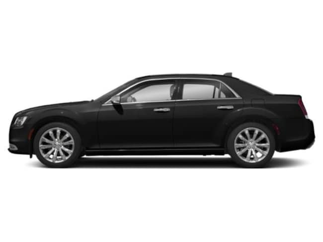 New 2019 Chrysler 300 TOURING Sedan in San Leandro, CA