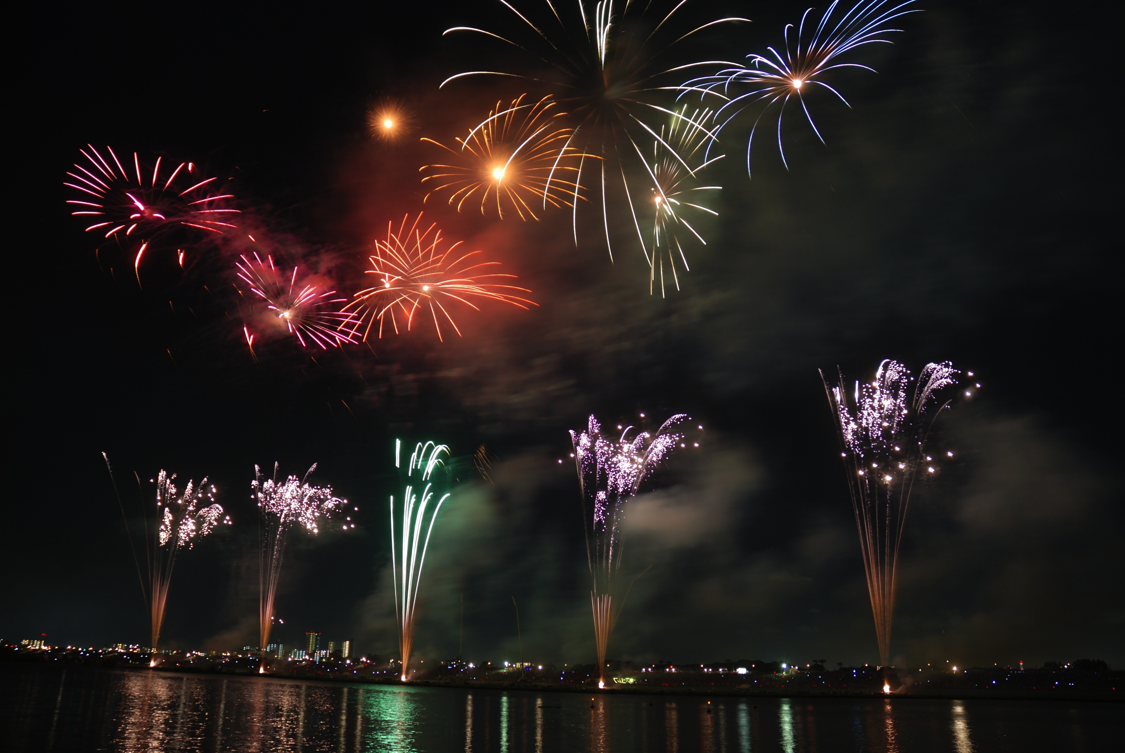 where to watch fireworks for july fourth san marcos chrysler dodge jeep ram. Black Bedroom Furniture Sets. Home Design Ideas