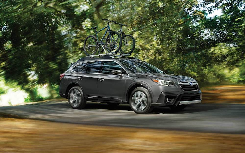 2020 Subaru Outback with bicycles on the roof rack