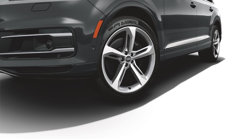 2019 Audi Q7 Stylish wheel options