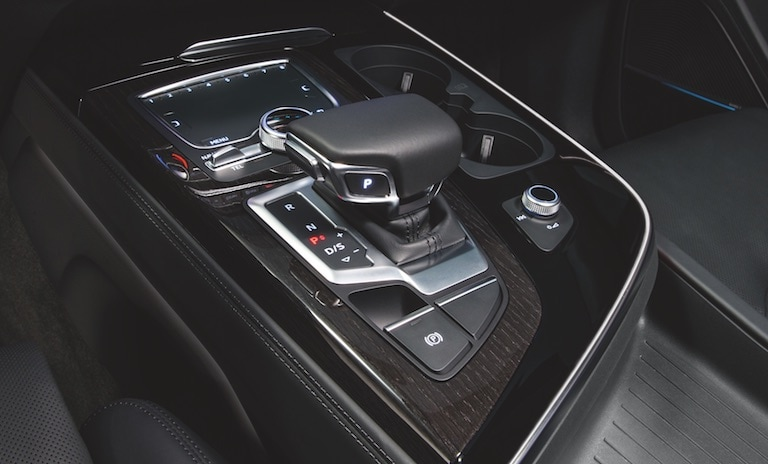 2019 Audi Q7 MMI® all-in touch