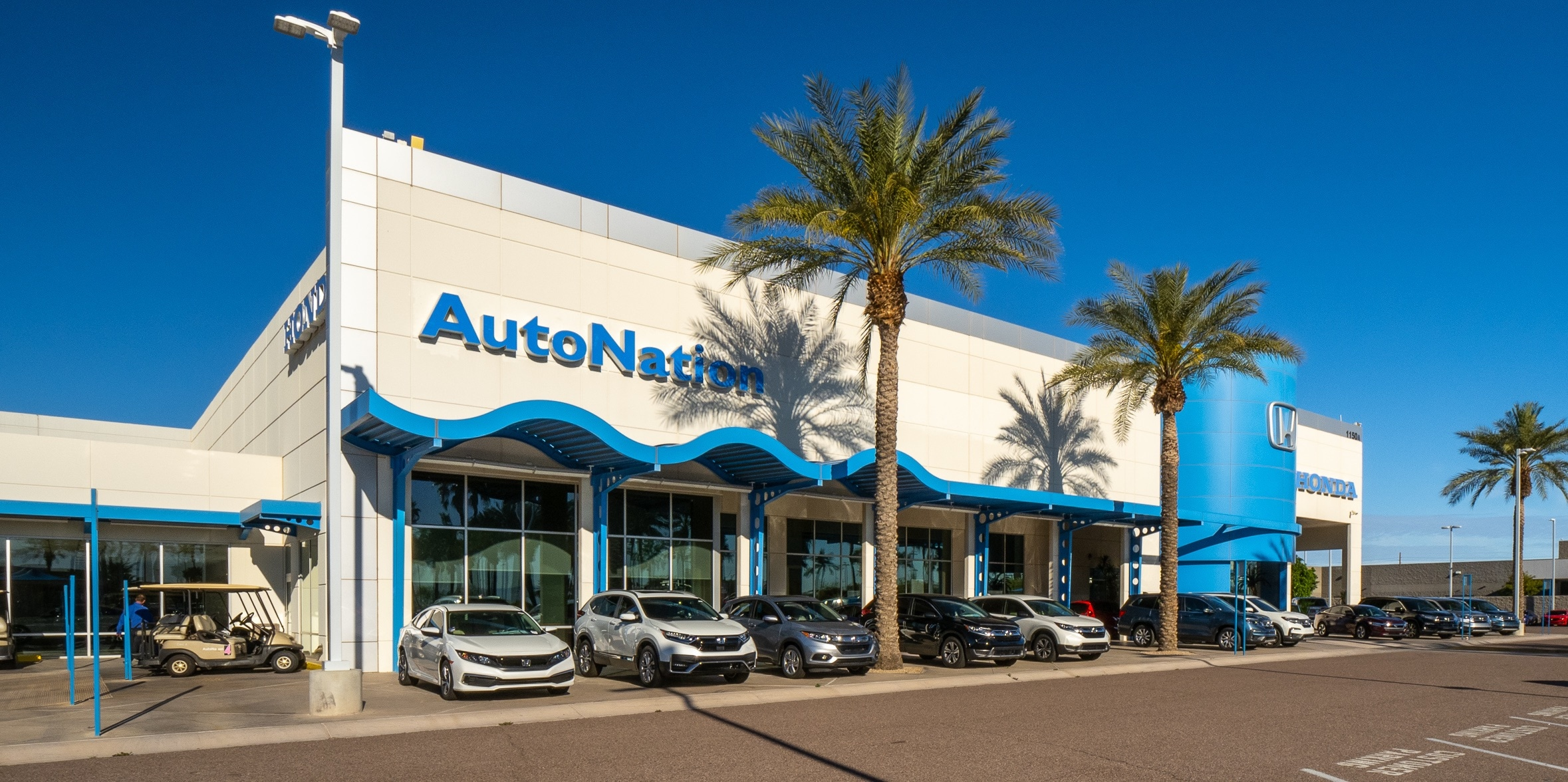 Exterior view of AutoNation Honda Chandler