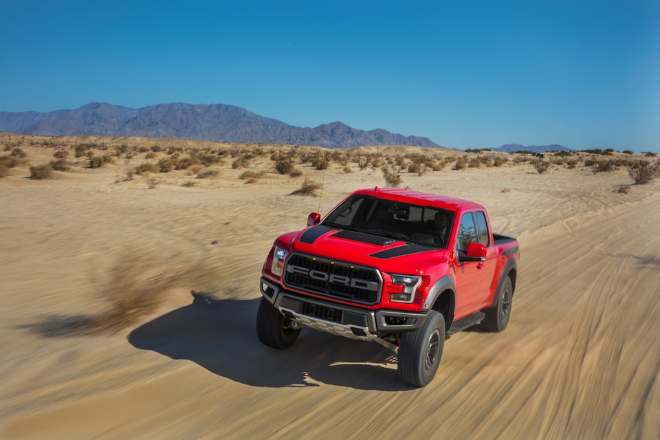 2020-Ford-F150-Raptor-Standard-SuperCab-5ft-Truck-L01.jpeg