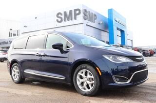 2018 Chrysler Pacifica Touring-L Plus - Sunroof, DVD, Rem Start Van Passenger Van