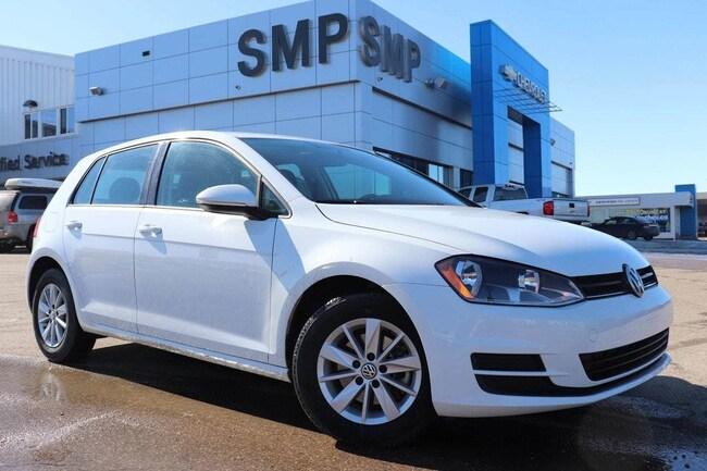 2017 Volkswagen Golf Trendline - Htd Seats, Bluetooth, Reverse Camera, Hatchback