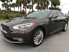 2015 Kia K900 Luxury Sedan