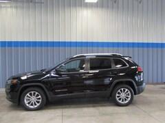 New 2019 Jeep Cherokee LATITUDE FWD Sport Utility in Rochelle, IL