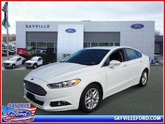 2016 Ford Fusion SE Sedan Front-Wheel Drive with Limited-Slip D