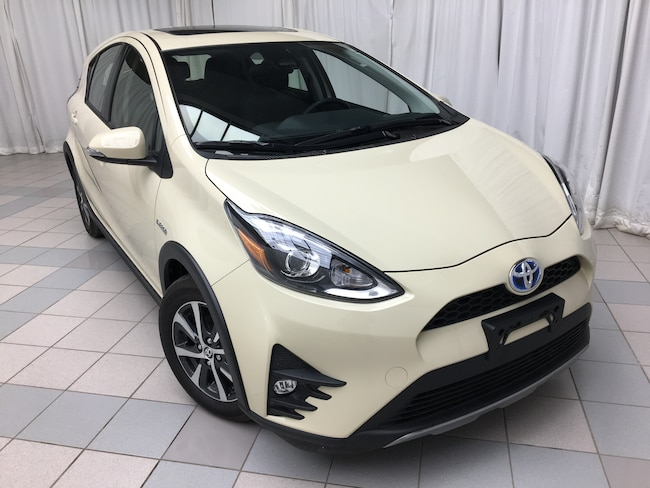 2019 Toyota Prius c Technology Moonroof Package Hatchback