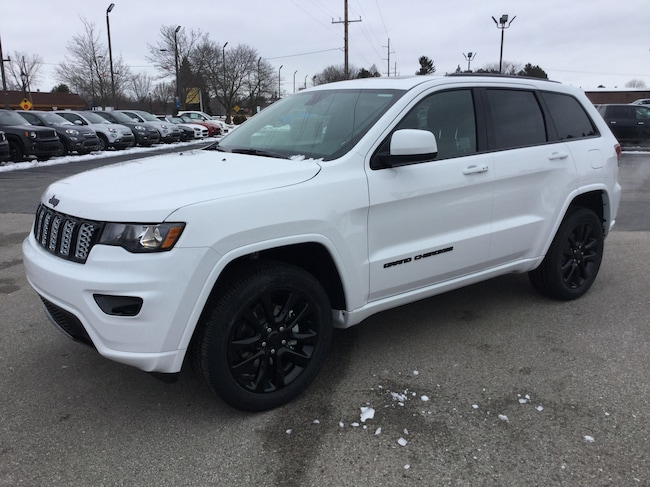 New 2019 Jeep Grand Cherokee ALTITUDE 4X4 Sport Utility Frankenmuth
