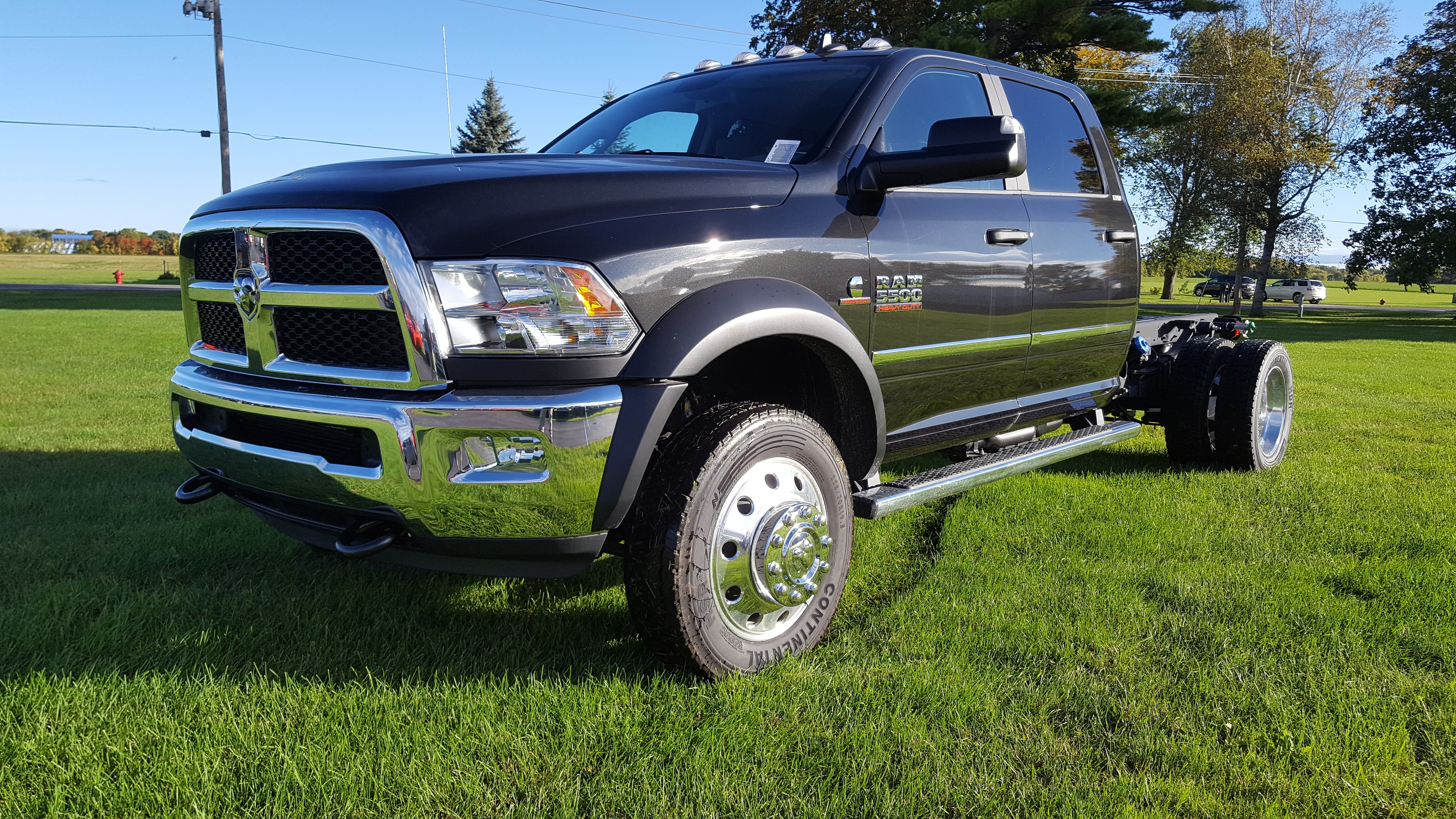 2018 Ram 5500 Chassis Cab 5500 SLT CHASSIS CREW CAB 4X4 173.4 WB Crew Cab