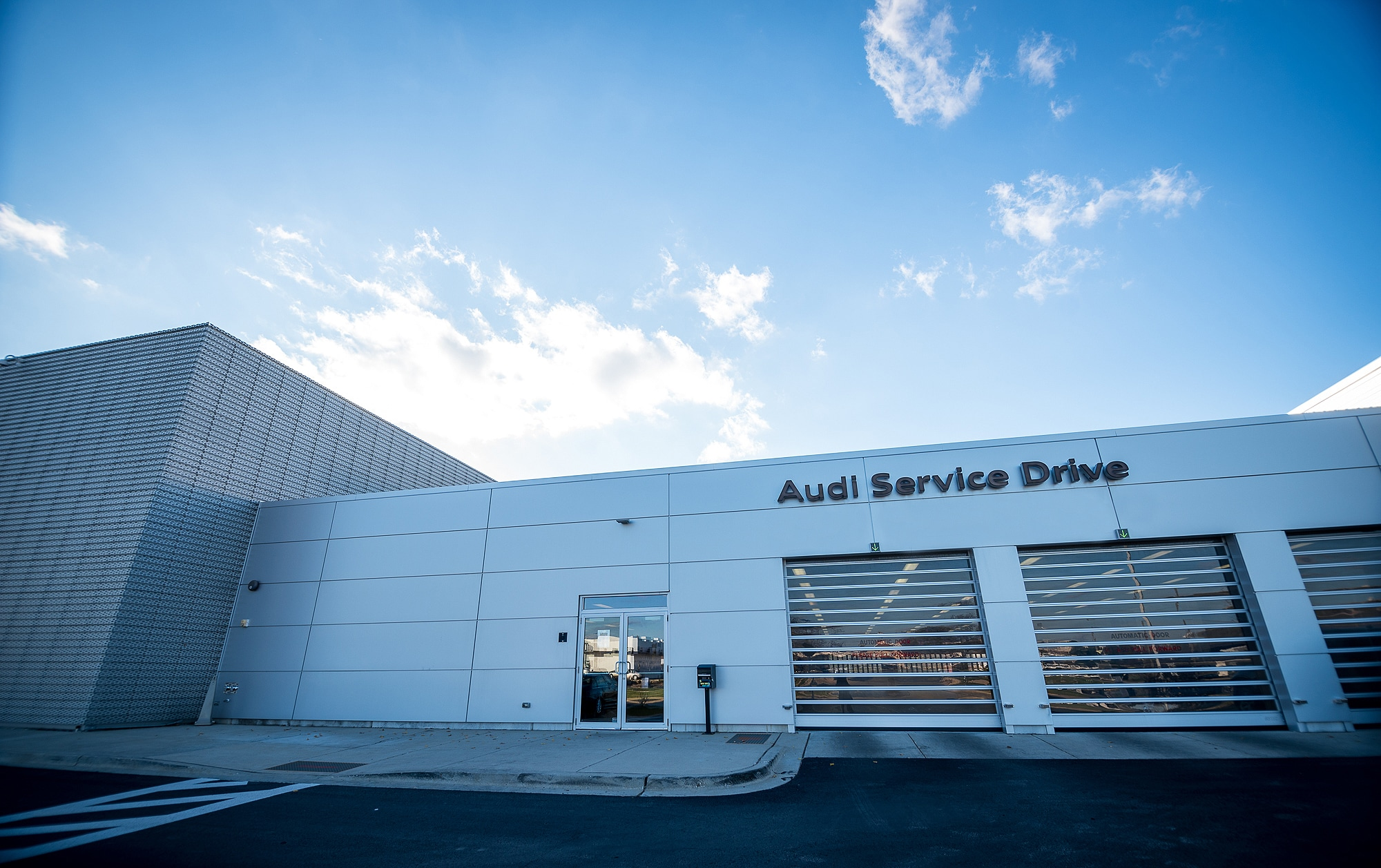 Audi Hoffman Estates Service Center