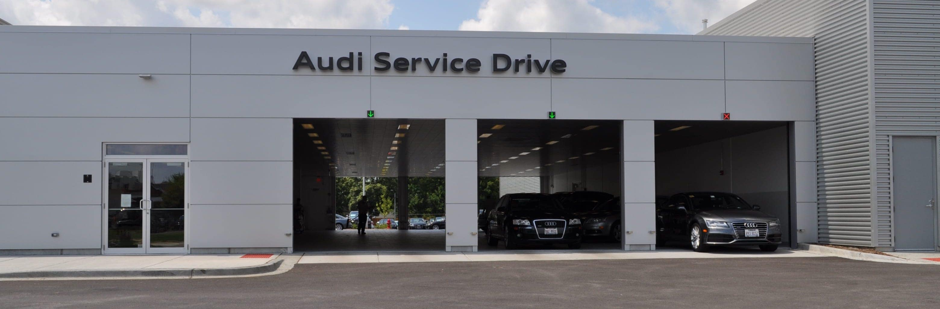 Audi Service Department in Hoffman Estates, IL