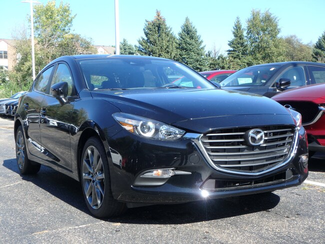 New 2018 Mazda Mazda3 Touring Touring  Hatchback 6A in Schaumburg, IL