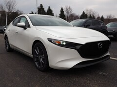 New 2019 Mazda Mazda3 Preferred Package Hatchback in Schaumburg, IL