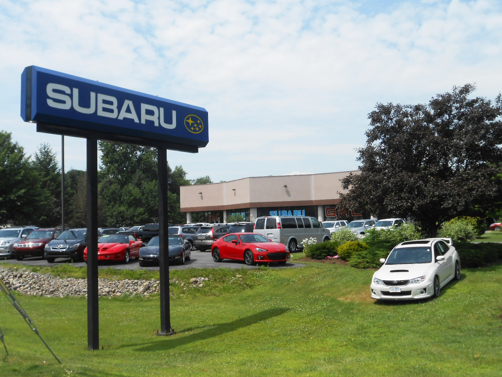 New 2015 2016 subaru and used car dealer in glenville for Capitaland motors gmc schenectady ny