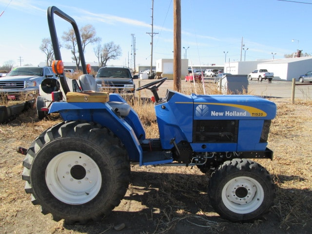 2007 NEW HOLLAND NEW HOLLAND TrActor