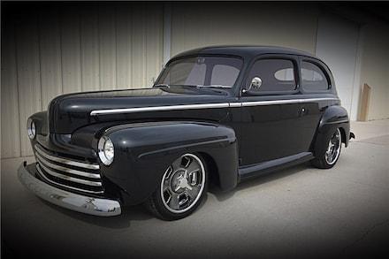 1947 Ford Deluxe Custom Sedan Custom