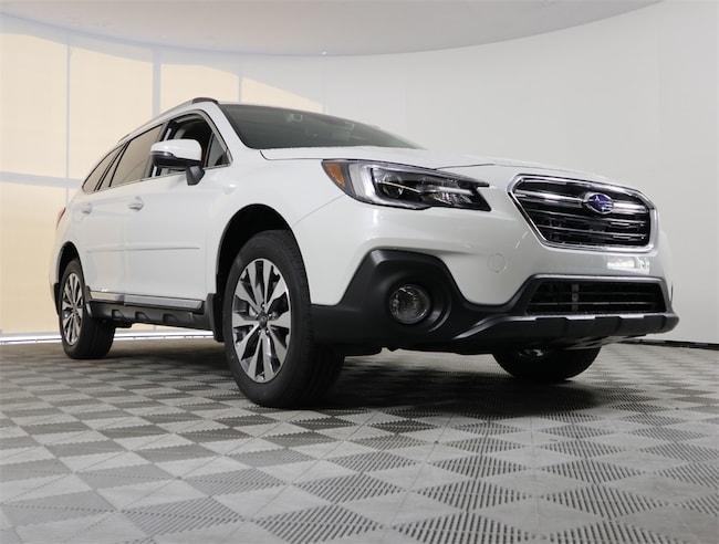New 2019 Subaru Outback 3.6R Touring SUV in Delray Beach