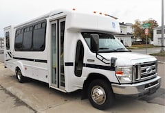 2010 FORD E450 - Goshen Coach 16 Passenger + 2 W/C or up to 6 W/C