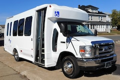 2008 FORD E450 - Turtle Top Odyssey XL 12 Passenger + 2 W/C + Driver