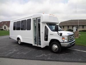 2019 FORD E350 DRW - Elkhart Coach II 14 Passenger + Driver + DRL