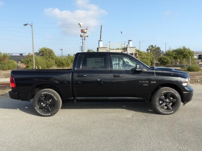 new 2019 ram 1500 classic big horn crew cab 4x2 5 39 7 box for sale in torrance ca stock 3190362. Black Bedroom Furniture Sets. Home Design Ideas